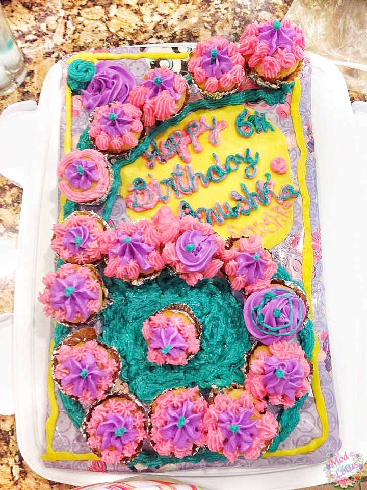 super easy decorated cupcakes birthday with petal tip and star tip creative birthday cake within cupcakes